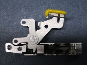Wheeled Coach Rotary Latch w/ Yellow release (Side Entry), RH